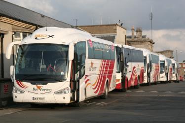 dublin to killarney 5 ways to travel via train bus car and plane. Black Bedroom Furniture Sets. Home Design Ideas