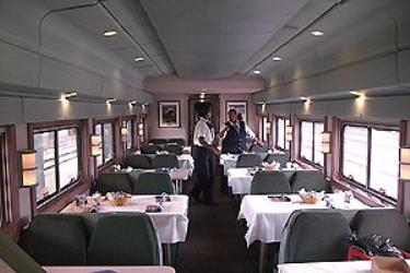 Crescent line dining car
