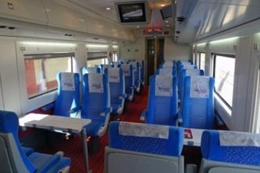 Economy (2nd) class seats on a CAF-built YHT