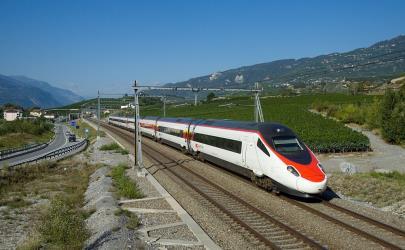 Monte carlo to genoa 5 ways to travel via train bus and car eurocity venice geneva publicscrutiny Choice Image