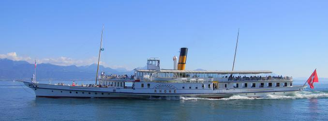 Rhone steamboat with paddle wheels