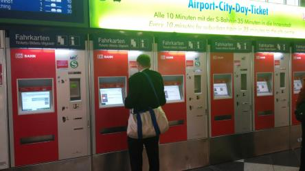 Munich Airport ticket machines