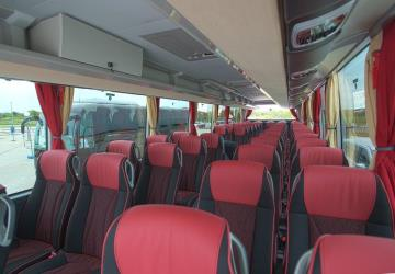 Fils bus interior