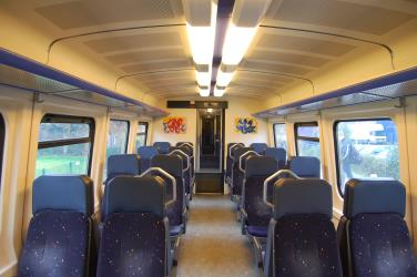 NS DM 90 interior