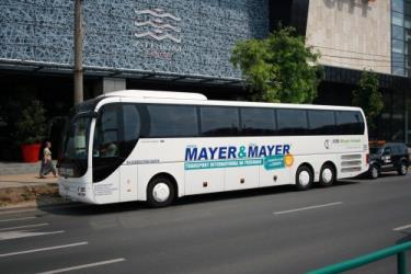 Mayer & Mayer bus