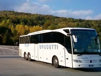 Brusutti bus side and front view