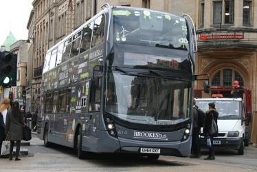 Bus in the grey livery of Route U5