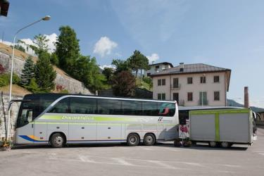 Dolomiti Bus bus side