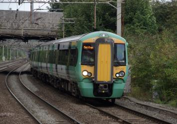 Southern Class 377 at Watford Junction