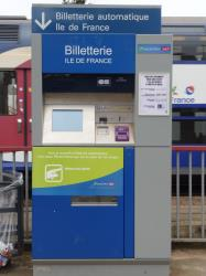 SNCF ticket machine