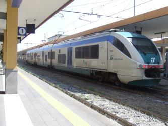 Minuetto-regional train