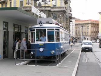 Trieste tram n. 402 on line 2 in piazza Oberdan