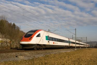 RABDe 500 train