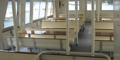 Ferry Crueza de Ma interior seating