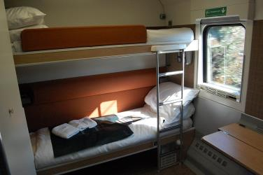 Caledonian Sleeper Mk5 accessible room set up for twin occupancy