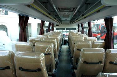 Bus interior Semicama