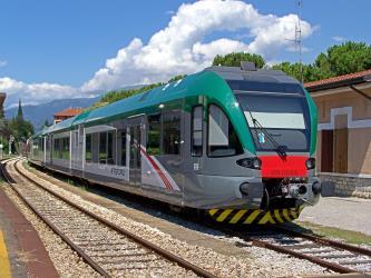 Milan to Munich - 12 ways to travel via train, bus, night ...