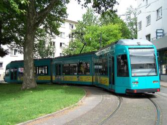Frankfurt am Main type R tram at Ernst-May-Platz