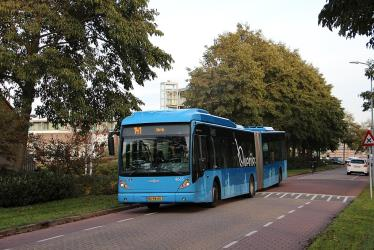 Articulated bus on line 141 in Urk