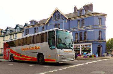 Lloyds Coaches Exterior